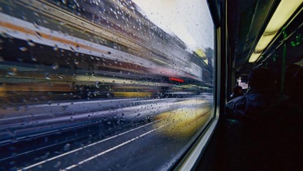 Автобус, окно.