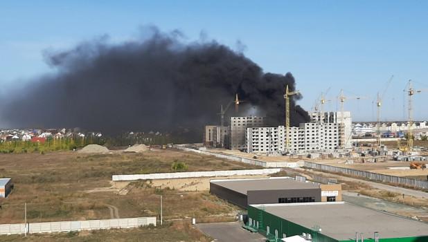 Пожар на стройке в Барнауле.