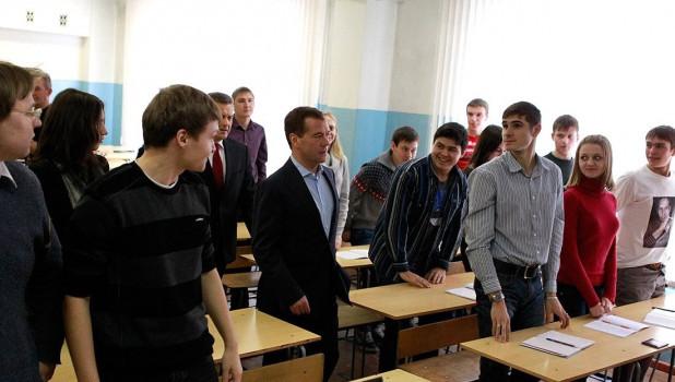 Дмитрий Медведев в Барнауле.