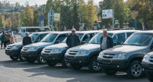 Алтайские школы получили новые автомобили.