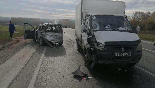 Авария на трассе под Новосибирском.