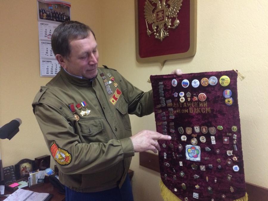 Юрий Ряполов в рабочем кабинете