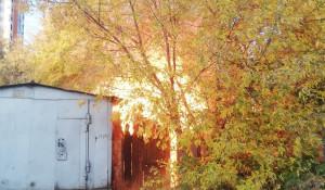 Надворные постройки горели в Барнауле.