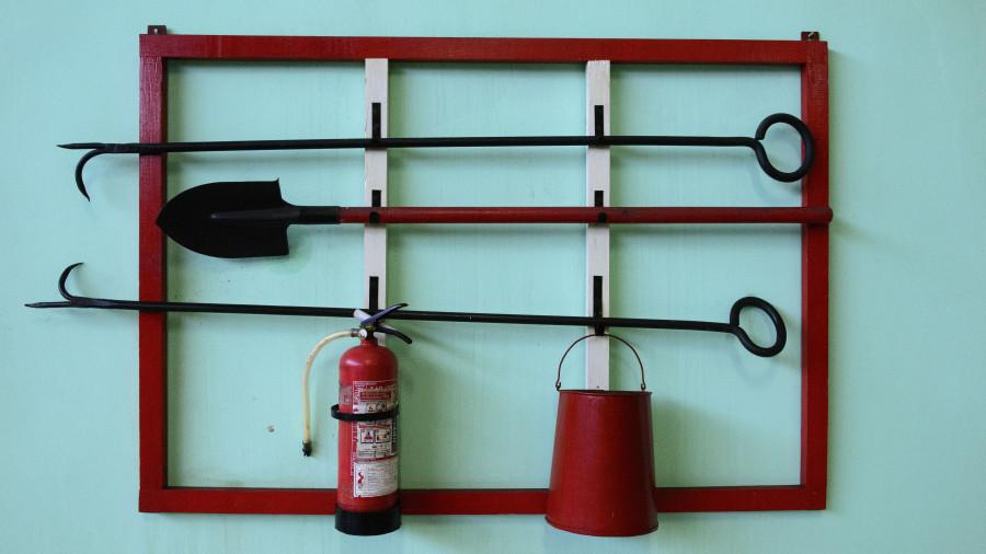 Пожарный щит. Пожарная безопасность.
