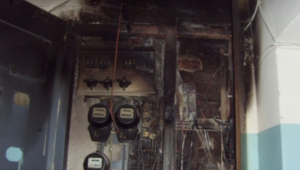 Электрощитовая после пожара.