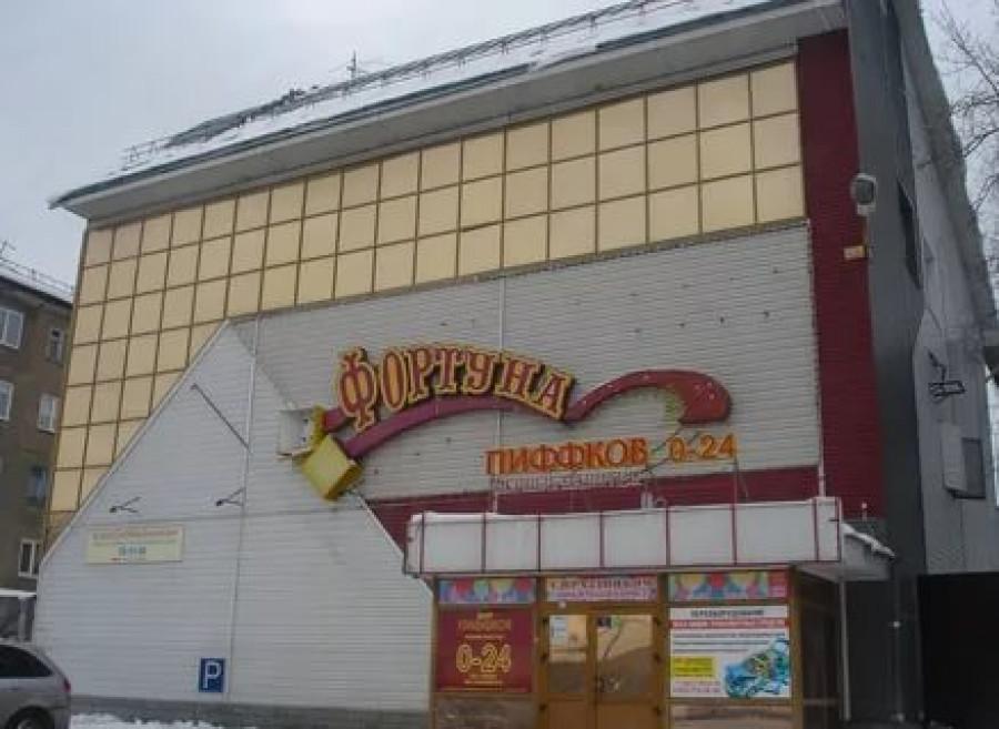 Здание на ул. Северо-Западная, 155а в Барнауле.