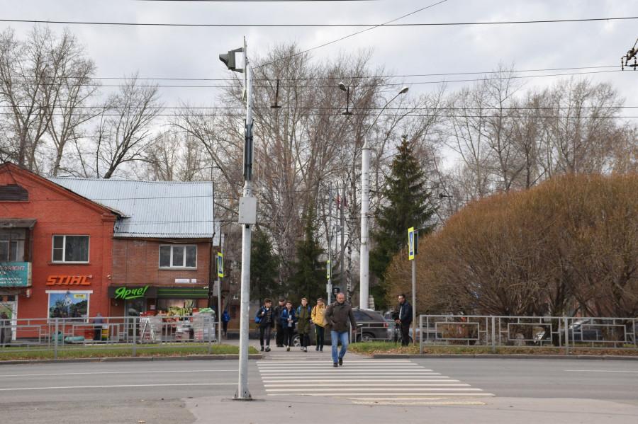 Осмотр пешеходных переходов Барнаула.