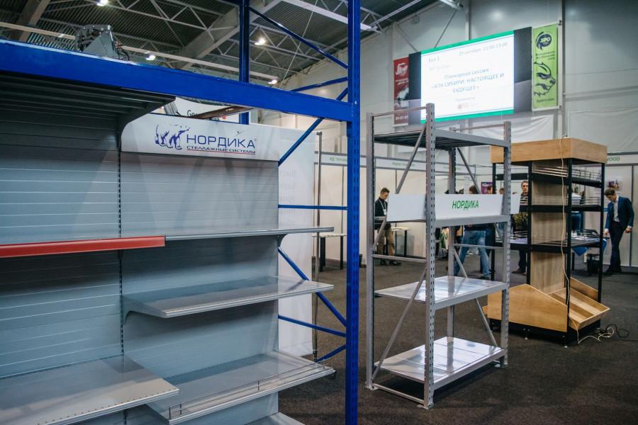 Экспозиция барнаульского Завода стеллажного оборудования «Нордика».