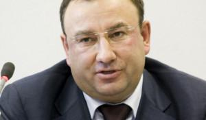 Подозреваемый в крупном мошенничестве Виталий Черномор не смог выйти на свободу.