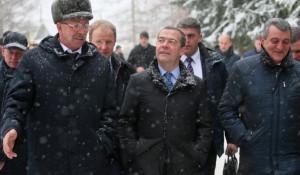 Дмитрий Медведев в селе Санниково.