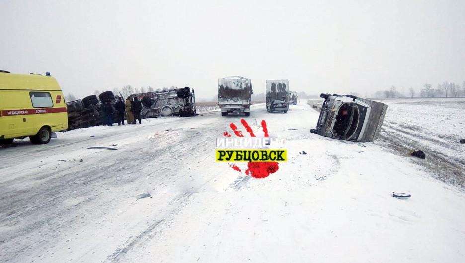 Массовое ДТП на трассе Барнаул - Рубцовск.