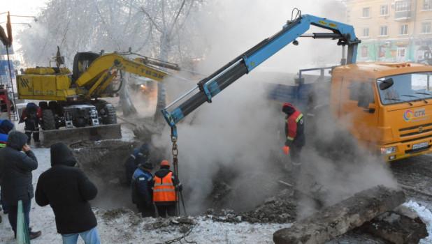 Крупная коммунальная авария на пр. Ленина.