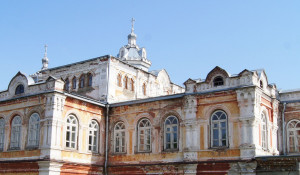 Бывшее архиерейское подворье, Дом архиерея, Бийск.