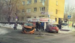 ДТП на перекрестке ул. 40 лет Октября и Эмилии Алексеевой.