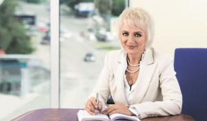 Наталья Михайловна Пасман, профессор доктор медицинских наук, заслуженный врач РФ, акушер-гинеколог с 40-летним стажем.