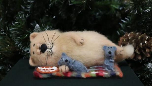 Выставка войлочных игрушек.