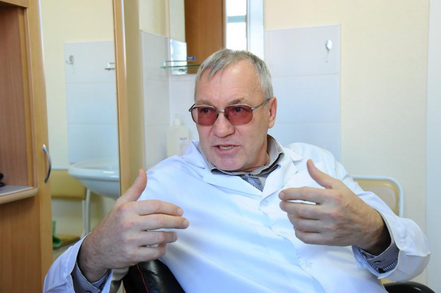 Николай Назаренко, невролог.