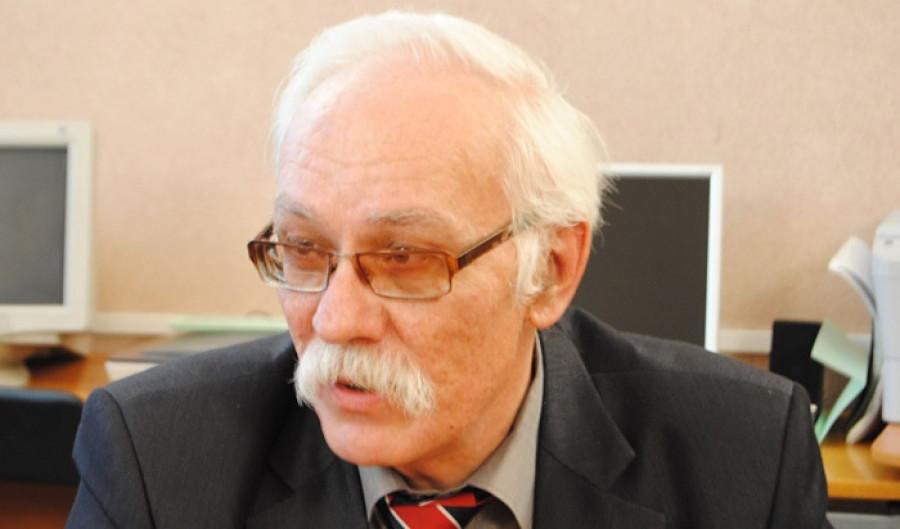 Михаил Литвинов.