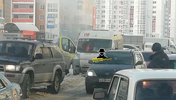 В Барнауле снова задымилась маршрутка №110.