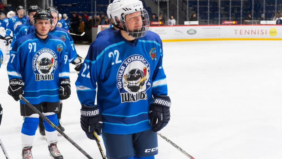 В Барнауле на хоккейной арене прошел турнир с участием губернатора Томенко