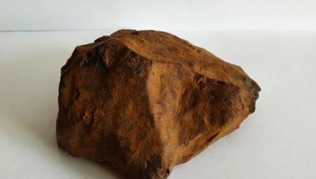 Красные метеориты. Продажа. Барнаул.
