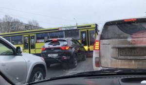 Пробка на Павловском тракте.