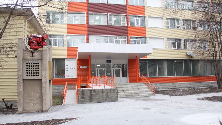 Больница. Лабораторный корпус больницы №11.