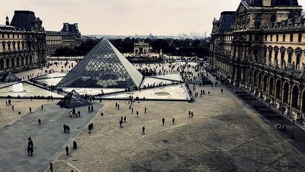 Франция, Лувр.