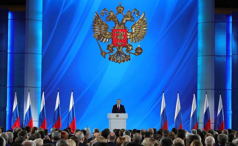 Неожиданность и тотальная неопределенность: как отреагировали зарубежные СМИ на отставку Медведева