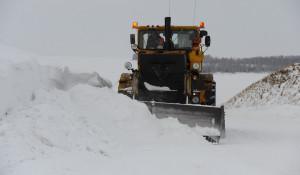 Уборка снега в Алтайском крае.