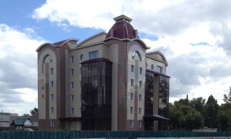 В Рубцовске продают восьмиэтажную гостиницу.