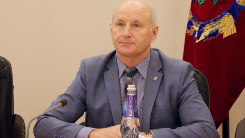 Петр Кобзаренко