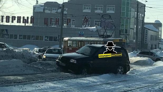 ДТП в Барнауле 1 февраля.