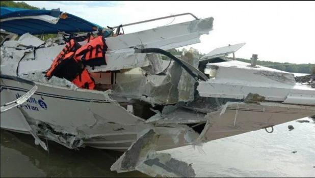 Скоростные катеры столкнулись в Таиланде.