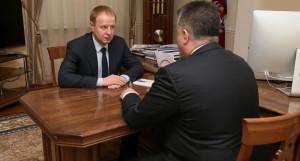 Виктор Томенко на встрече с Борисом Долгалевым.