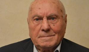 Алексей Ботян - советский разведчик, Герой Российской Федерации.