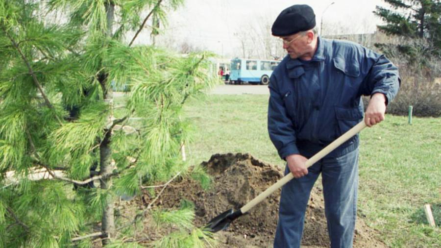 Владимир Баварин, председатель горисполкома, глава городской администрации Барнаула с 1991 по 2003 годы.