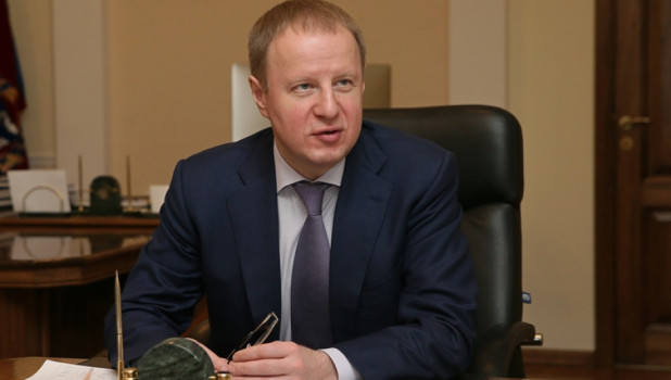 """Активность Виктора Томенко в Instagram упала """"на дно"""" губернаторского рейтинга"""