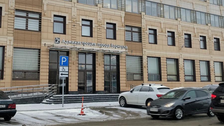 """""""Не подстроился"""". Вице-мэр Барнаула ушел в отставку через полгода после назначения"""