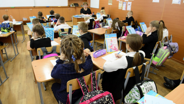Барнаульская гимназия №42.