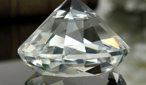 Искусственный кристалл.
