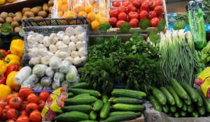 Торговля овощами и фруктами