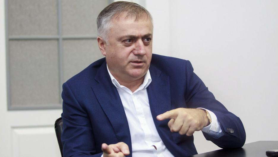"""Председатель совета директоров """"БМК"""" Гарри Шония"""