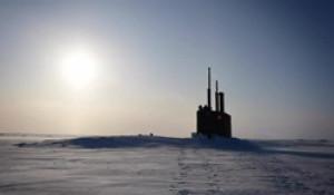 Подводная лодка в Арктике.