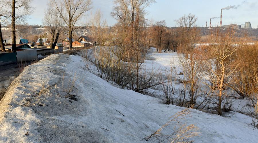 Выездное совещание по подготовке к прохождению паводка в поселке Ильича.