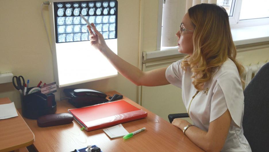 Екатерина Нечунаева, врач-невролог.
