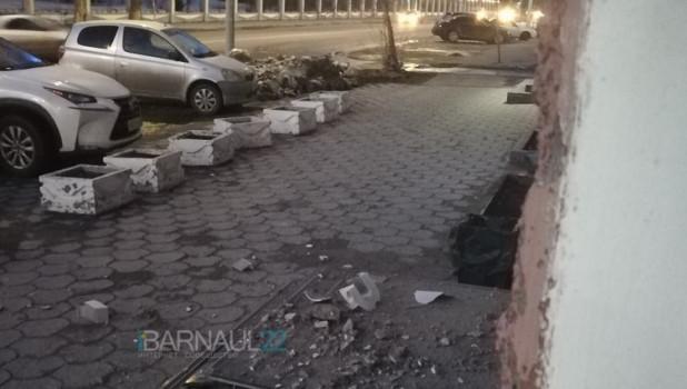 Обрушение фасада на Ленина, 60.