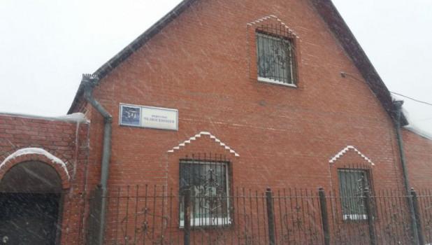 В Барнауле продается большой дом.