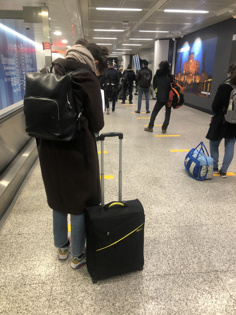 Италия, аэропорт. 30 марта 2020 года.