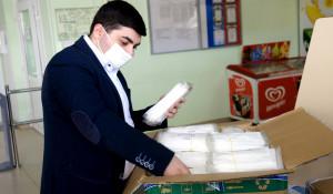 Все студенты общежитий АлтГУ получили комплекты защитных масок.